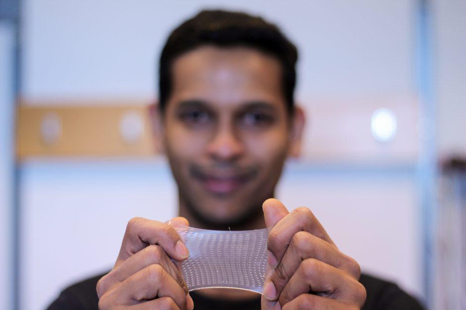 Transparent, Flexible Sensor Developed in ICICS Bionics Network Lab